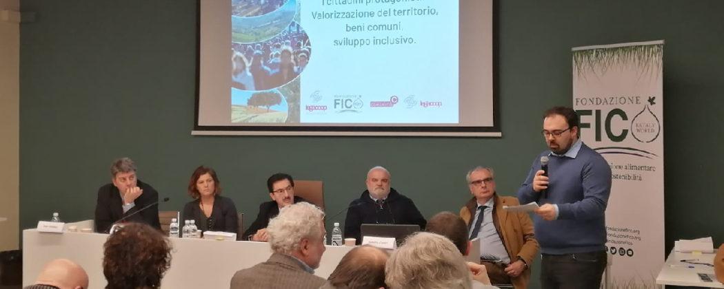 Il convegno sui beni comuni e cooperative di comunità, un modello di economia e socialità