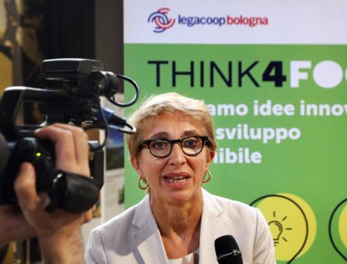 Nuova edizione di Think4Food 5.000 euro per startup ricercatori e studenti e una Academy per le imprese